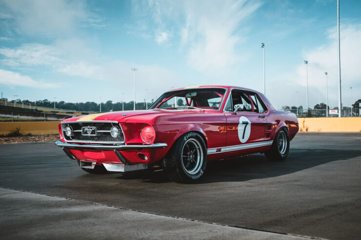 Ford Mustang 390 GT 20