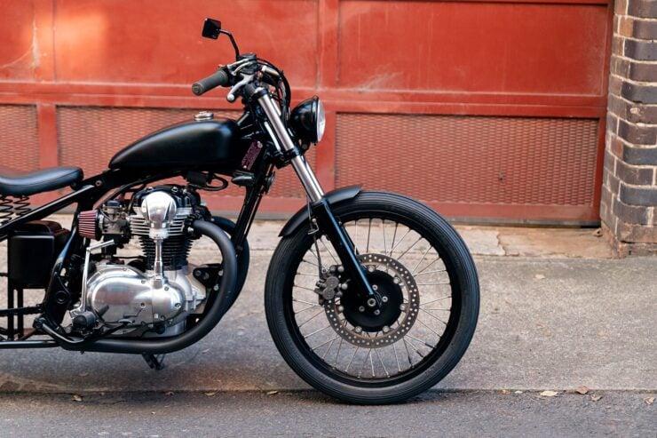 Kawasaki W650 Bobber 11