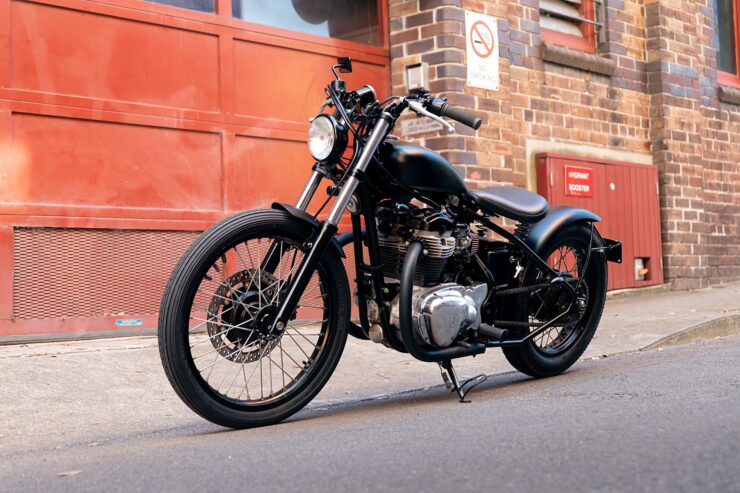 Kawasaki W650 Bobber 2