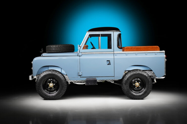 Land Rover For Hikmet Sugoer 1
