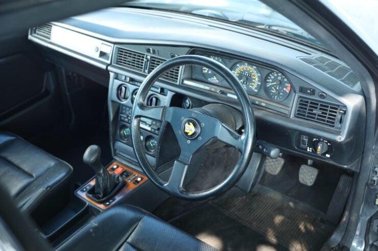 Mercedes-Benz 190E 2.3-16 5