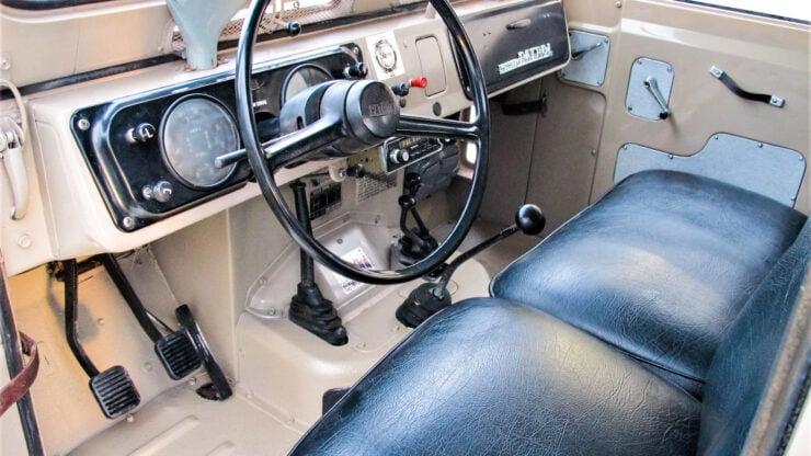 Nissan Patrol G60 4