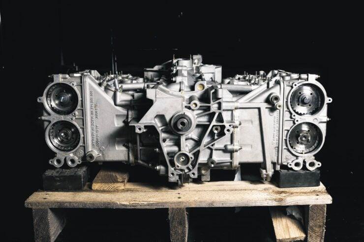 Porsche 911 996 GT3 R Engine And Gearbox 1