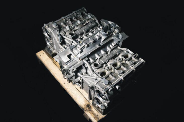 Porsche 911 996 GT3 R Engine And Gearbox 13