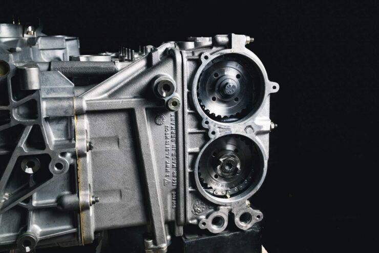 Porsche 911 996 GT3 R Engine And Gearbox 2