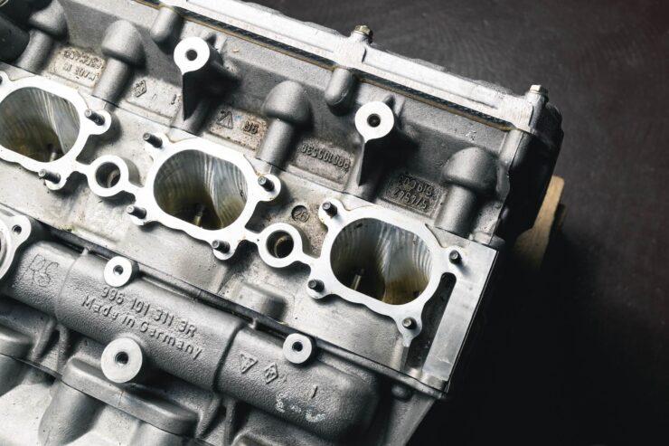 Porsche 911 996 GT3 R Engine And Gearbox 5