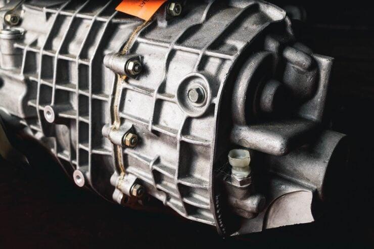 Porsche 911 996 GT3 R Engine And Gearbox 9