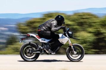Stan Evans riding the Zero FXE electric motorcycle