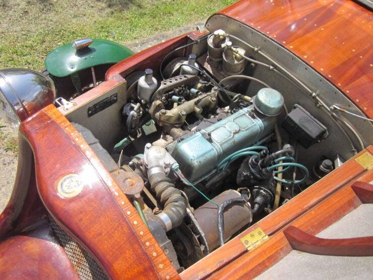 Wooden-Bodied Triumph Spitfire 9