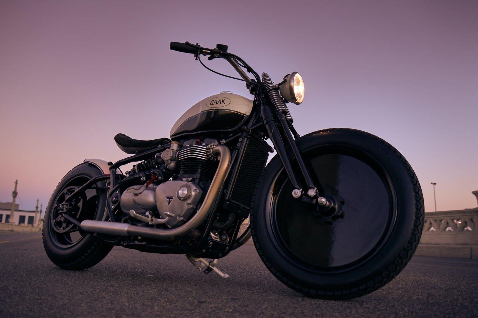 Baak Moon Custom Triumph Bobber