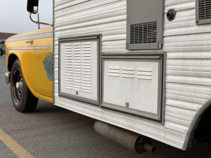 Champer Checker Cab Camper 10