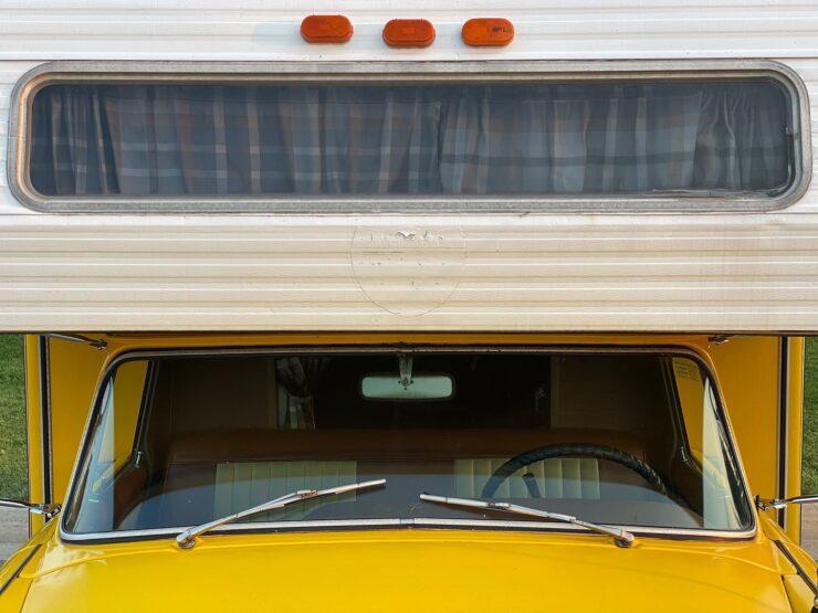 Champer Checker Cab Camper 12