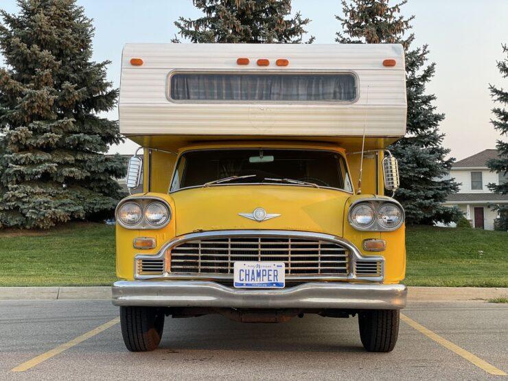 Champer Checker Cab Camper 18