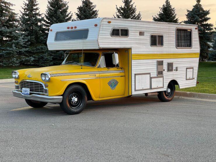 Champer Checker Cab Camper 25
