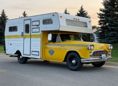 Champer Checker Cab Camper 27