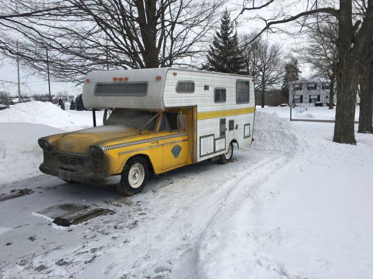 Champer Checker Cab Camper 7
