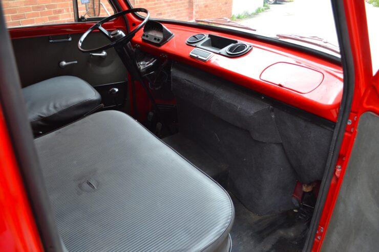 Fiat 238 Ferrari Van 13
