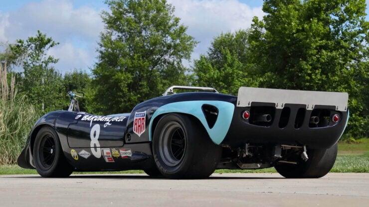 Lola T70 MkI Spyder 10
