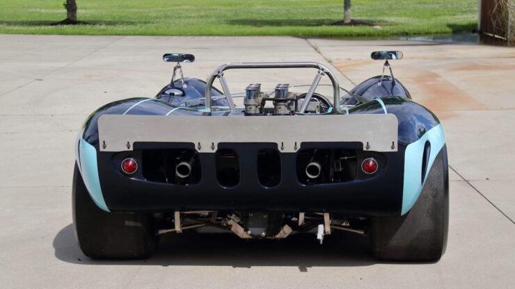 Lola T70 MkI Spyder 12