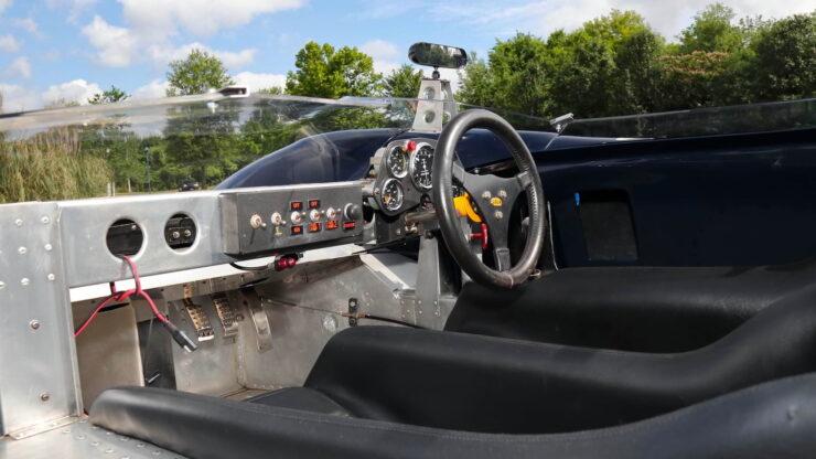 Lola T70 MkI Spyder 19