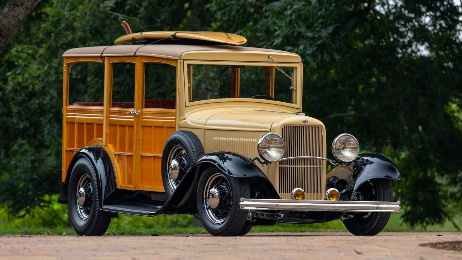 1932 Ford Supercharged V8 Woodie Surf Wagon 11