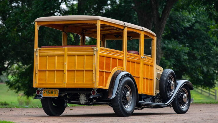 1932 Ford Supercharged V8 Woodie Surf Wagon 2