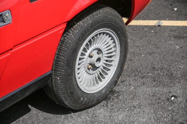 Alfa Romeo Montreal 6
