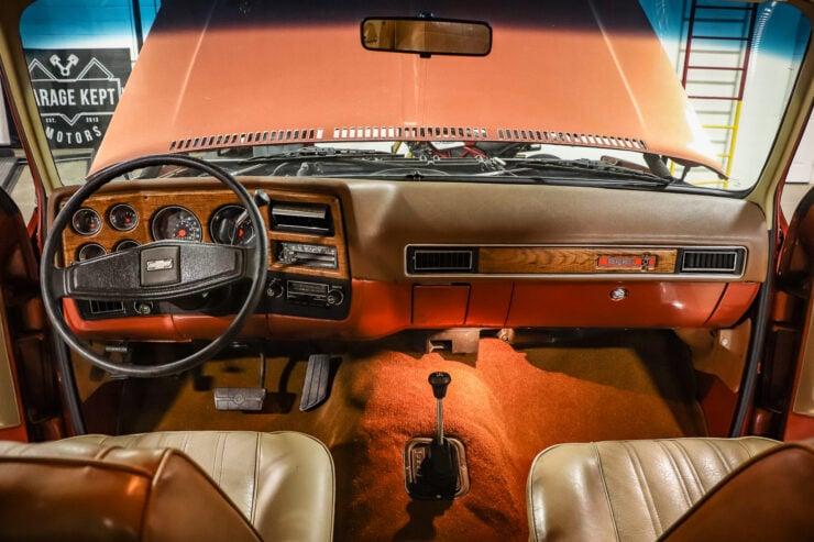 Chevrolet Blazer Chalet 14