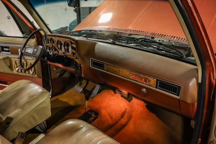 Chevrolet Blazer Chalet 18