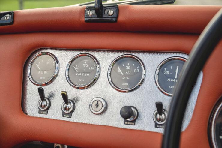 Daimler SP250 17