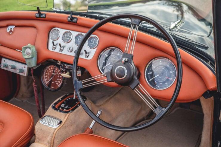 Daimler SP250 18