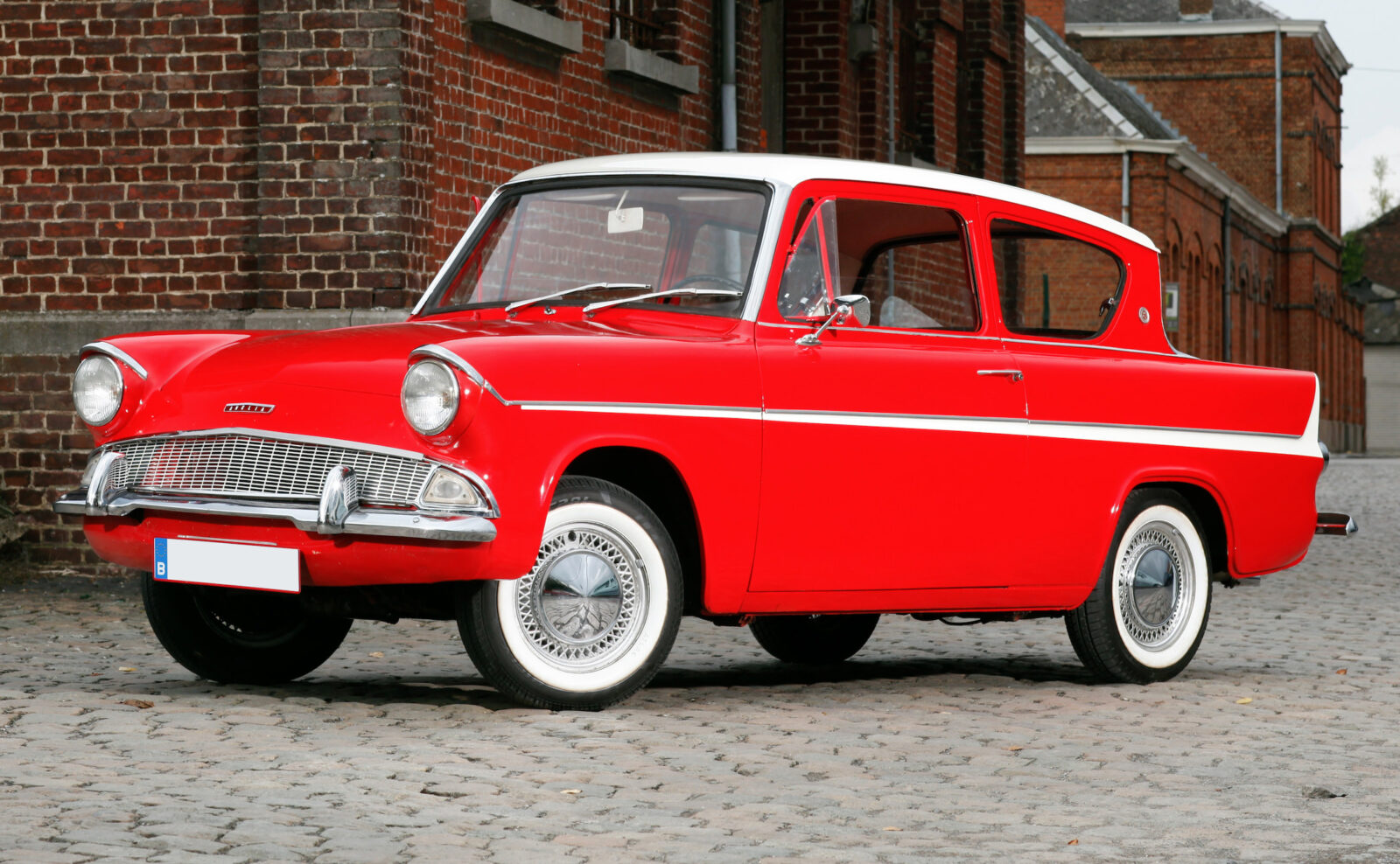 Ford Anglia Sportsman 1