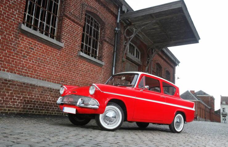 Ford Anglia Sportsman 3