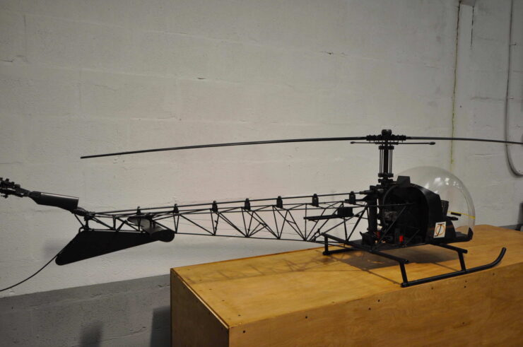 James Bond Bell 47G Model Helicopter You Only Live Twice 14