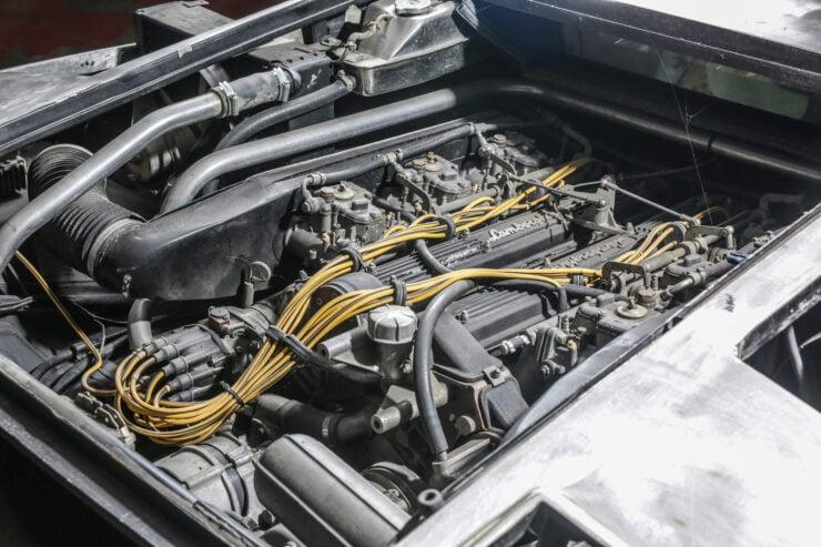 Lamborghini Countach 5000S Restoration 11