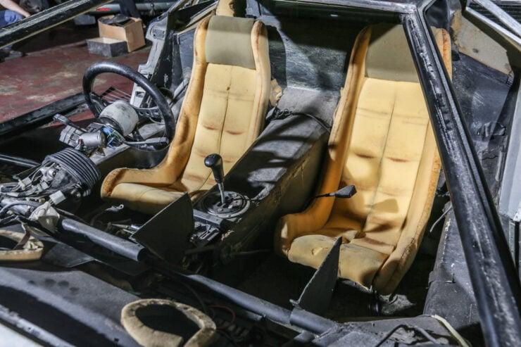 Lamborghini Countach 5000S Restoration 16