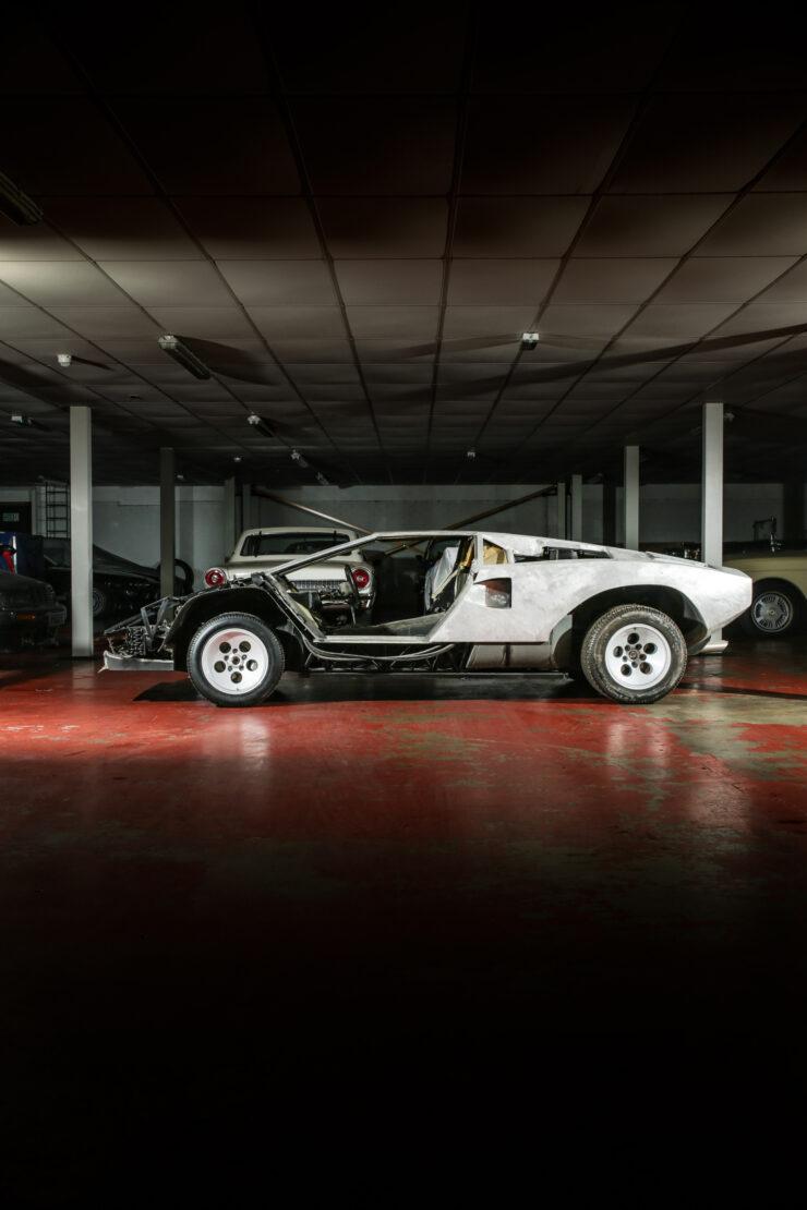 Lamborghini Countach 5000S Restoration 2