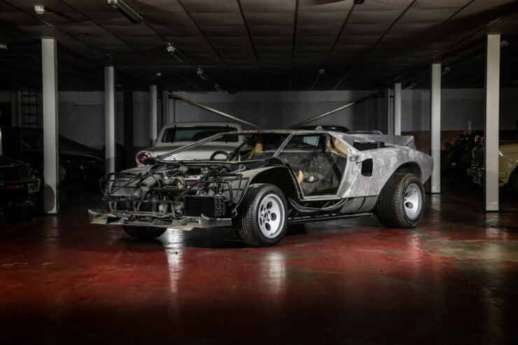 Lamborghini Countach 5000S Restoration 5