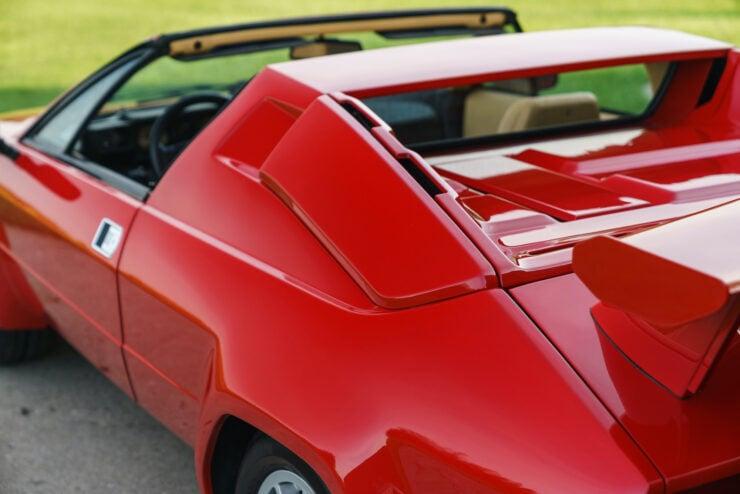 Lamborghini Jalpa 12