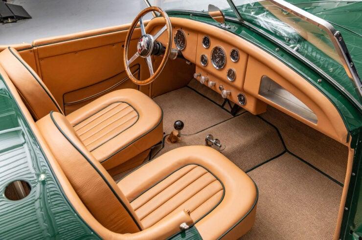 Nash-Healey Roadster 16
