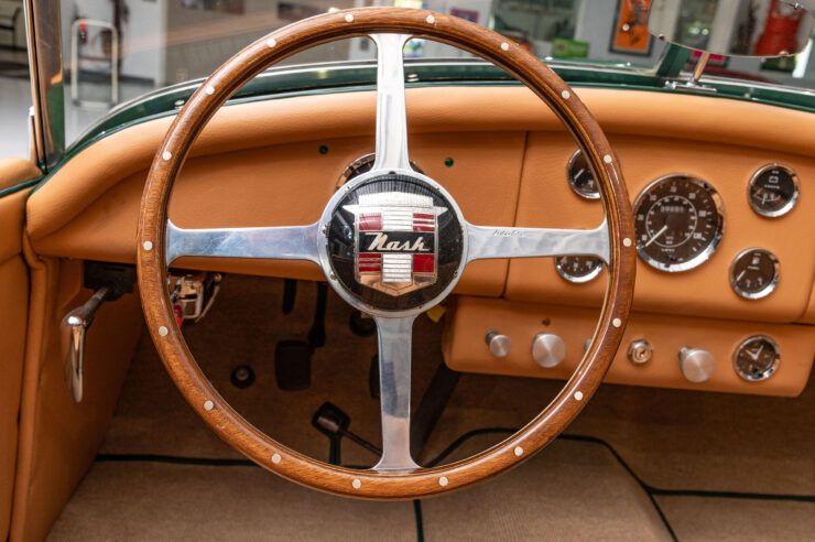 Nash-Healey Roadster 17