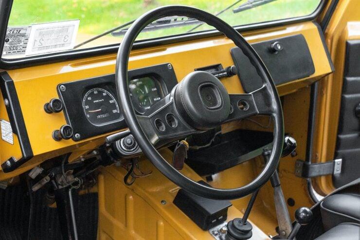 Suzuki Jimny LJ80 14