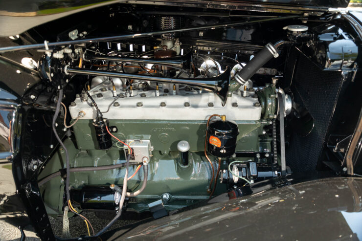 Auburn 851 Supercharged Boattail Speedster 11