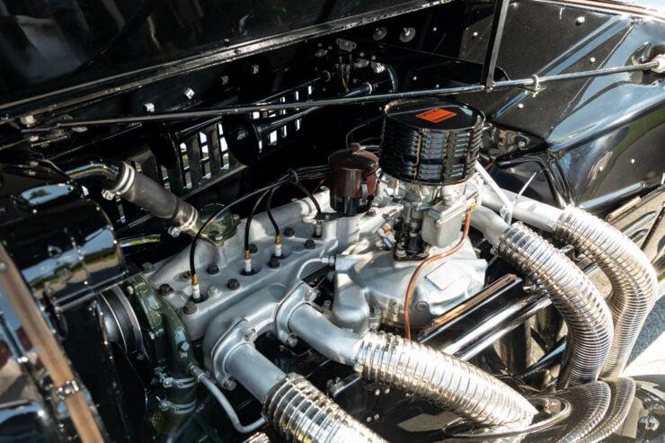Auburn 851 Supercharged Boattail Speedster 3