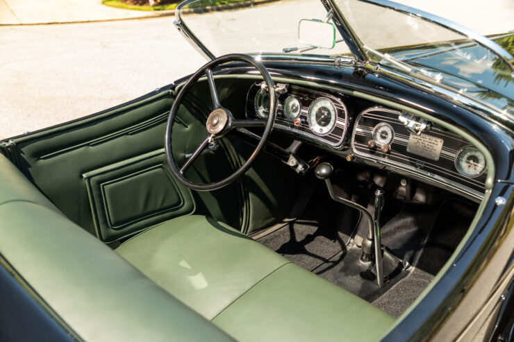 Auburn 851 Supercharged Boattail Speedster 9