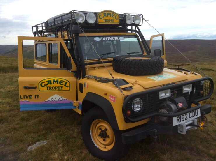 Camel Trophy Land Rover Defender 15