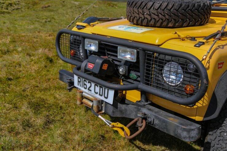 Camel Trophy Land Rover Defender 17