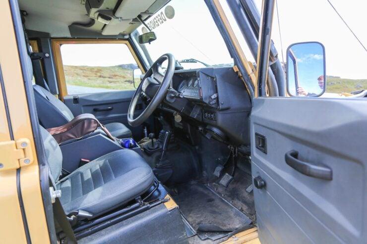 Camel Trophy Land Rover Defender 18